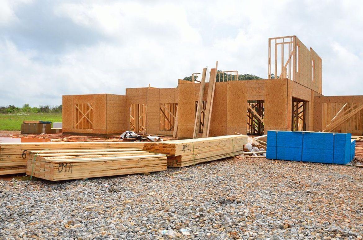 Jakie są koszty budowy domu 35m2 na zgłoszenie?